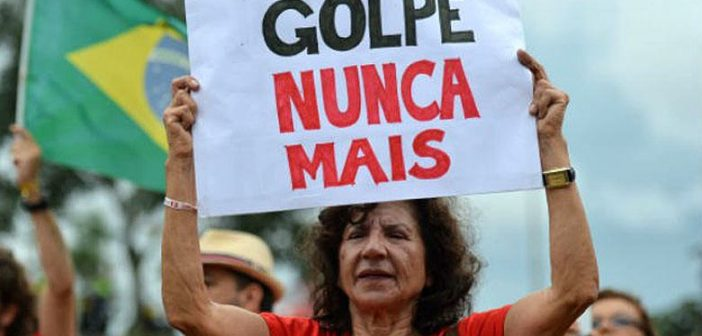 """""""La clase dominante brasileña no consigue convivir con la democracia"""" Entrevista con Raúl Pont"""