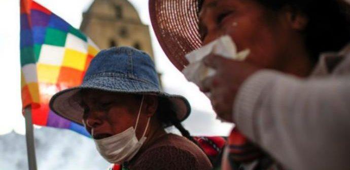 """Las """"mujeres de pollera"""". Con Bolivia: se está de un lado o del otro."""